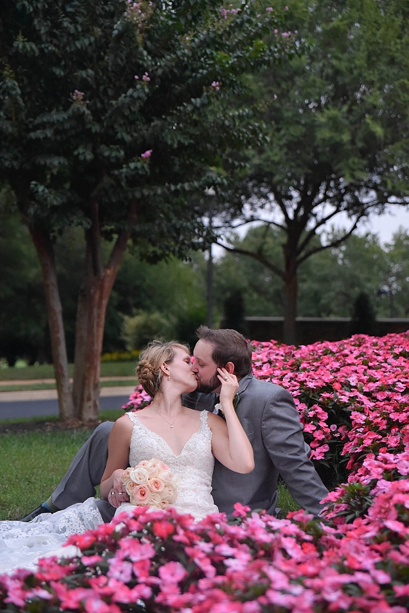 Richmond VA country club wedding photos