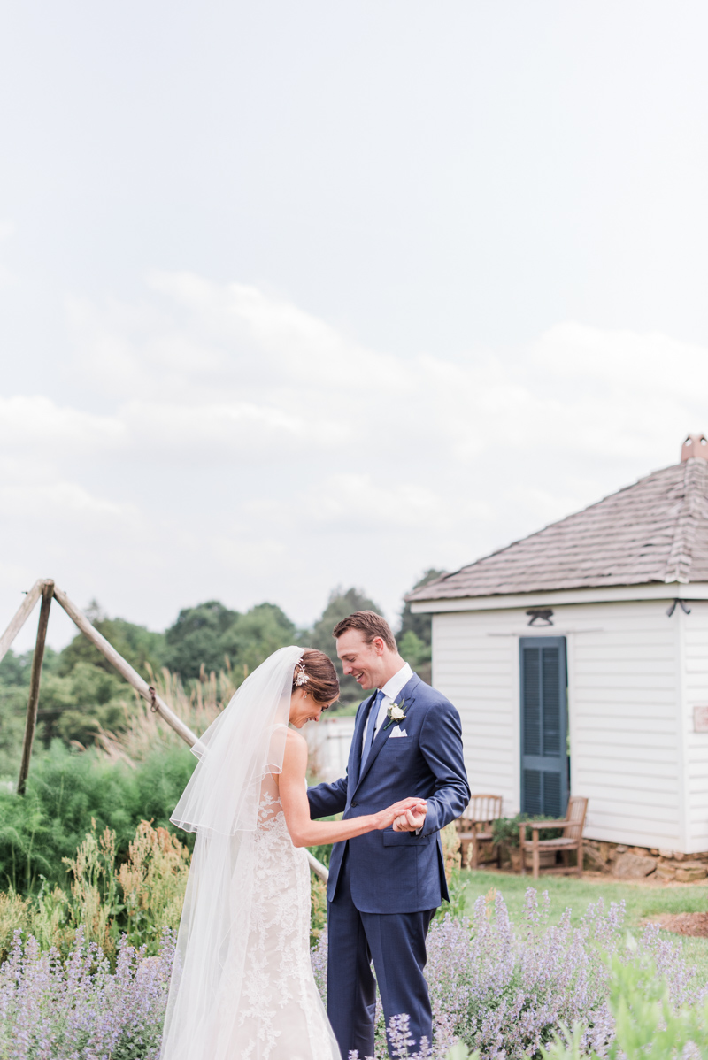 Emily Bartell Photography photos richmond wedding tips photographer signature