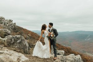 Real Richmond Wedding Mackenzie Nick Alexa Ann Photography Studio Two Three Weddings Bohemian Thrifty