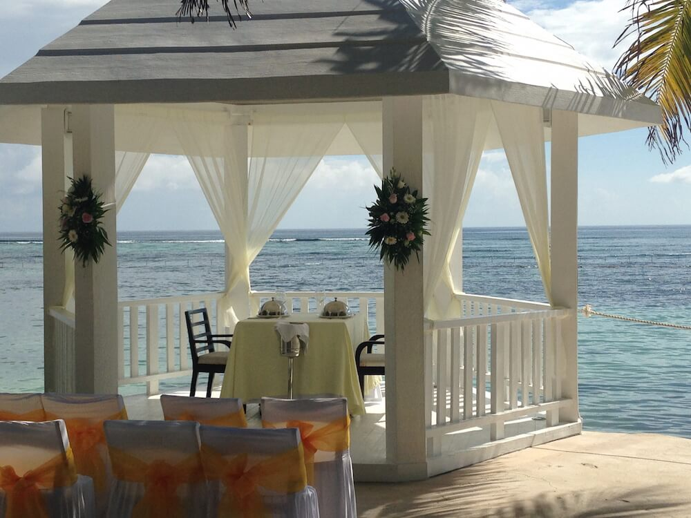 vacation chic destination wedding and travel agent