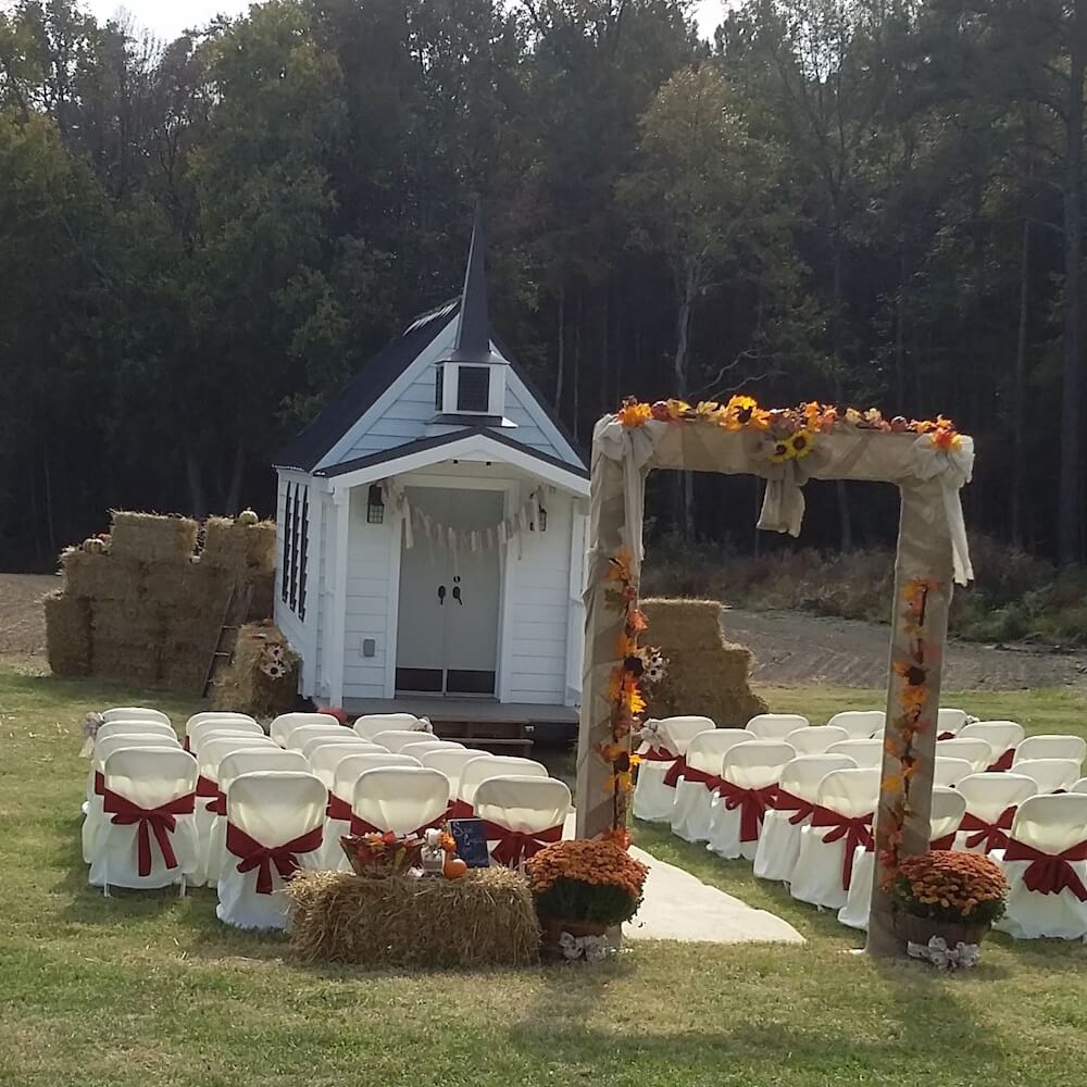 tiny-chapel-weddings